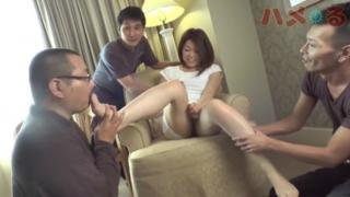 Sex Tập Thể làm tình chịch nhau không che cùng với người đàn bà dâm đãng