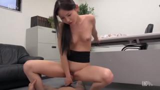 Em thư ký dâm có kĩ năng làm tình cực đỉnh